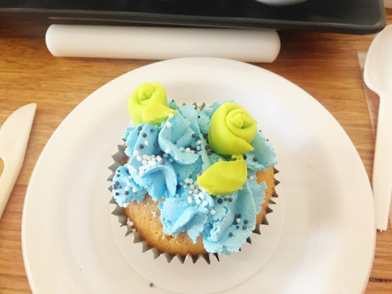 SPOTLIGHT CAKE 2