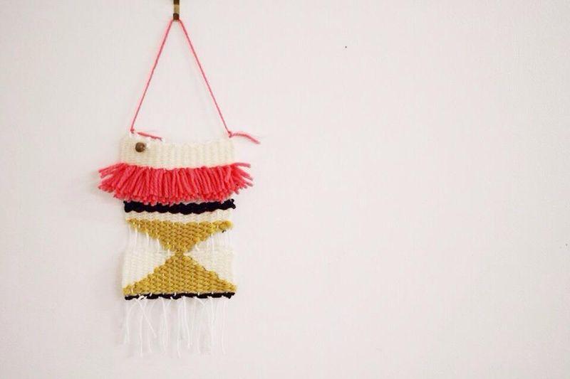 Mini wall weave